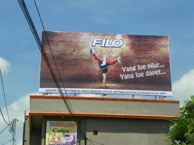 Reklame Billboard Filo Mild - Zealot Advertising Pekanbaru