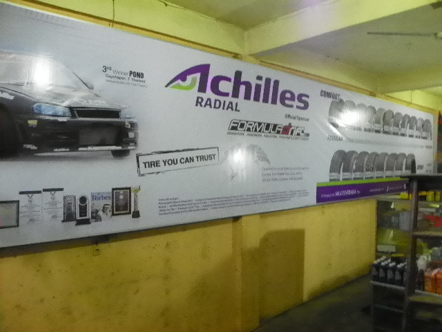 Reklame Wall Branding Achilles - Zealot Advertising Pekanbaru